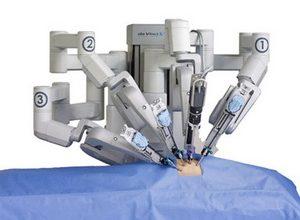 Photo of Американка хоче відсудити $ 4 000 000 у виробника роботів-хірургів
