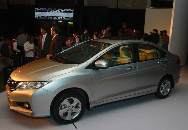 Photo of Світова прем'єра четвертого покоління Honda City пройшла в Індії