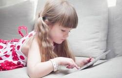 Планшети несприятливо впливають на розвиток вашої дитини