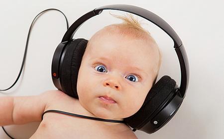 Photo of Вчені: прослуховування Моцарта активізує мозкову активність