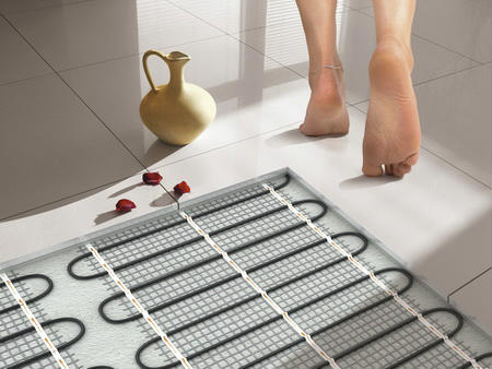 Як вибрати теплу підлогу