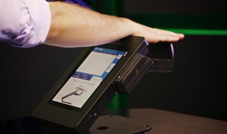 Photo of Гроші крові: розплатися за допомогою вен