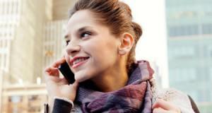 Майже 90% українців користуються мобільними телефонами