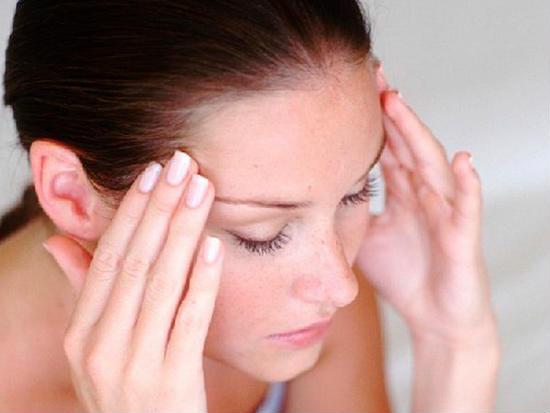 Photo of Чому може боліти голова: несподівані причини
