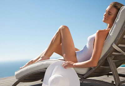 Photo of Вчені з'ясували, що літня засмага подовжує жінкам життя