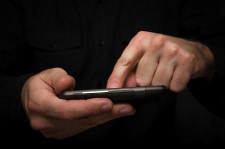 Photo of Між смартфонами і їх власниками знайшли біологічний зв'язок
