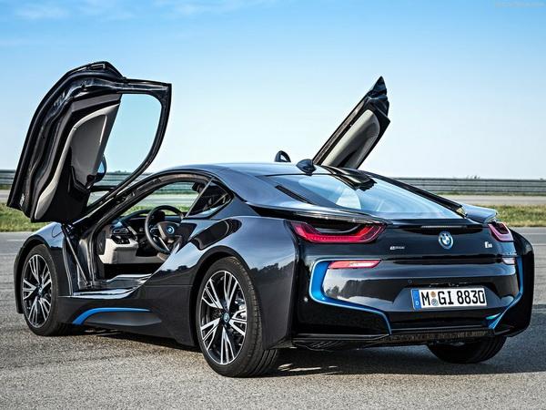 Photo of BMW відродить знаменитий суперкар М1 на честь свого століття