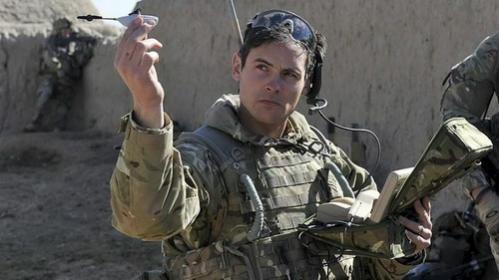 Photo of Американські військові розробляють кишенькових дронів (відео)