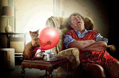 Photo of Вчені розповіли, чому літні люди менше сплять