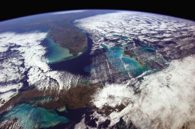 Photo of Земля в ілюмінаторі … або приголомшлива серія космічних знімків