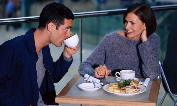 Photo of Вчені назвали 10 тем, після яких чоловіки перестають слухати жінок