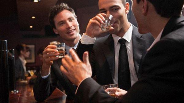 Photo of Робота більше 48 годин на тиждень підвищує ризик розвитку алкоголізму
