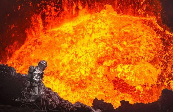 Photo of Дрони заглянули в жерло вулкана (відео)