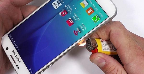 Photo of Нові випробування Galaxy S6 (відео)