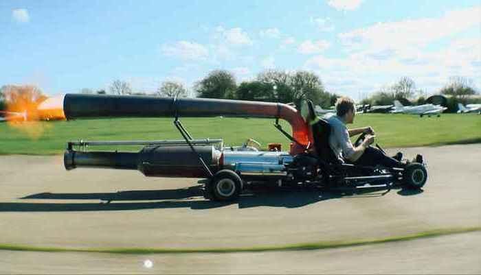 Photo of Концептуальний автомобіль на реактивному двигуні, так схожий на самовар