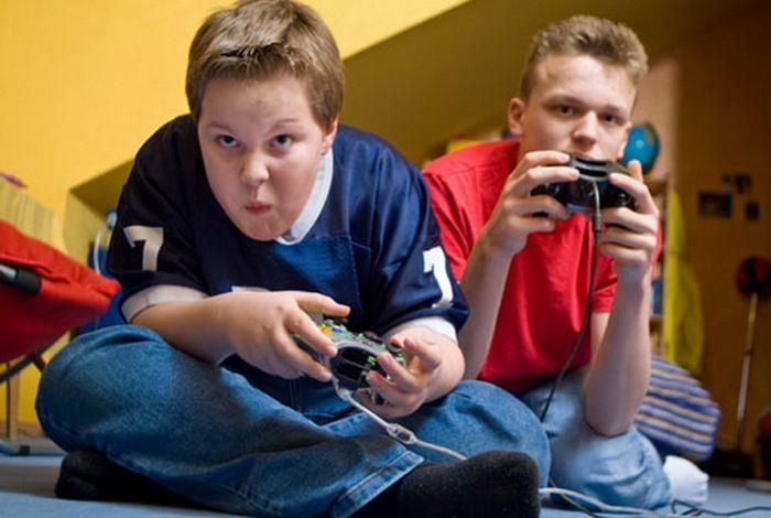 Photo of Підвищене захоплення відеоіграми загрожує неврологічними відхиленнями