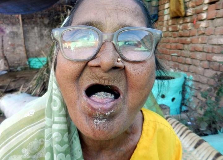 Photo of Рецепт довголіття — бабуся щодня з'їдає кілограм піску