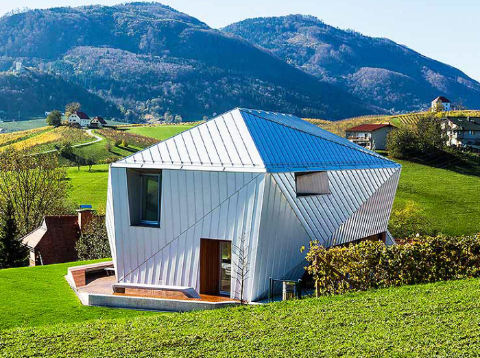 Photo of Ідеальний еко-дім для життя вдалині від міської суєти