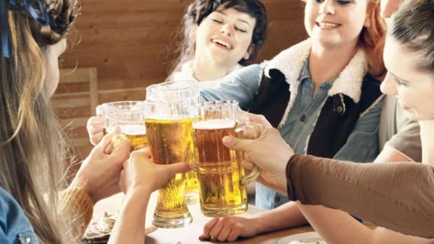 Photo of Помірне вживання пива знижує ризик серцевого нападу у жінок