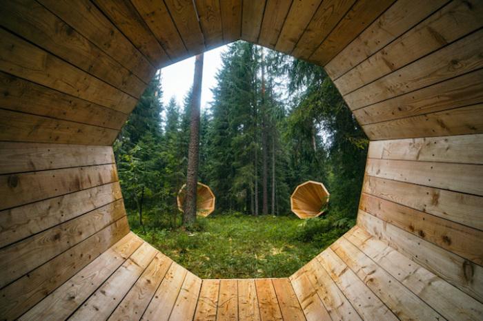Photo of Альтанки-мегафони в естонському лісі, дозволяють чути світ