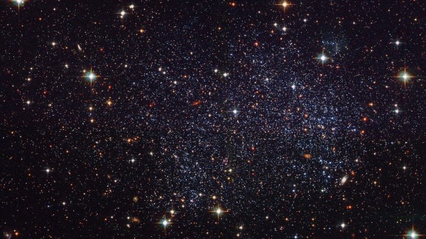 Photo of Астрономи відкрили рідкісну зоряну систему з трьома «сонцями»