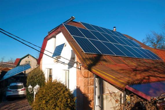 Photo of В Україні кількість сонячних електростанцій на дахах приватних будинків зросла у 10 разів