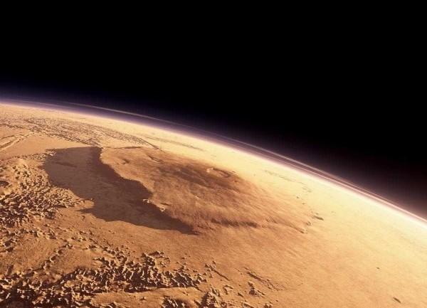 Photo of Мега-цунамі в древньому океані Марса змінили форму планети