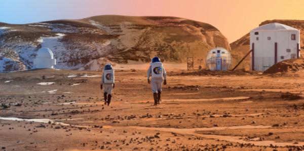Photo of На знімках з Марса уфологи помітили астронавта