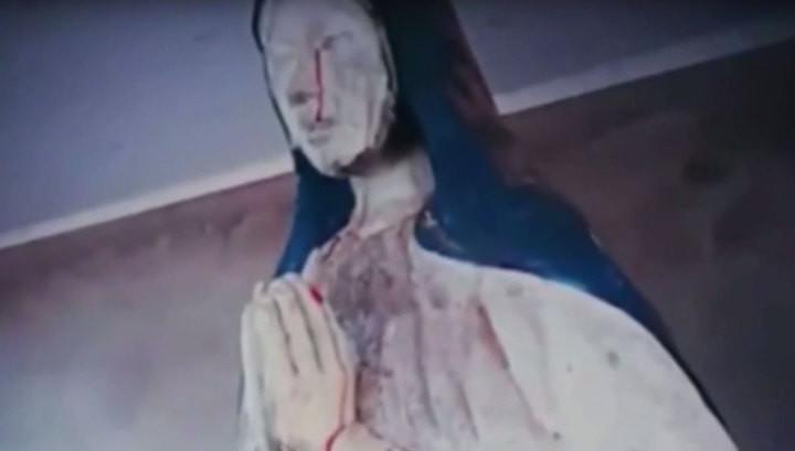 Photo of У Болівії статуя Діви Марії заплакала кривавими сльозами (відео)
