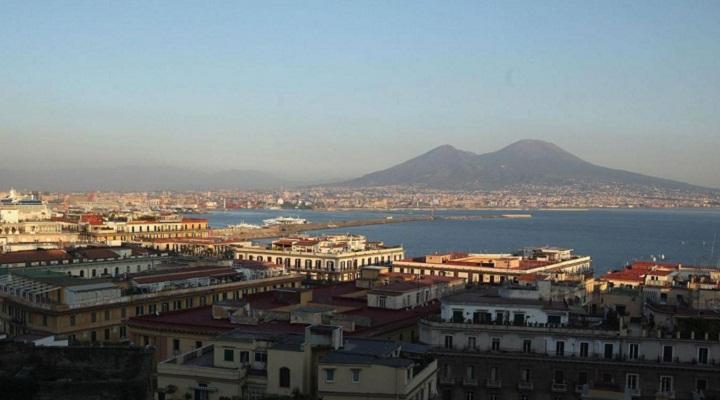 Photo of В Італії розробляють план евакуації на випадок виверження Везувію