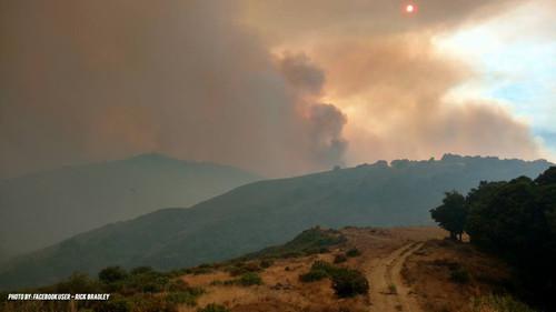 Photo of У Каліфорнії палахкотять природні пожежі (відео)