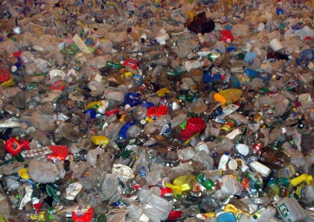 Photo of Німеччина встановила рекорд з переробки пластику