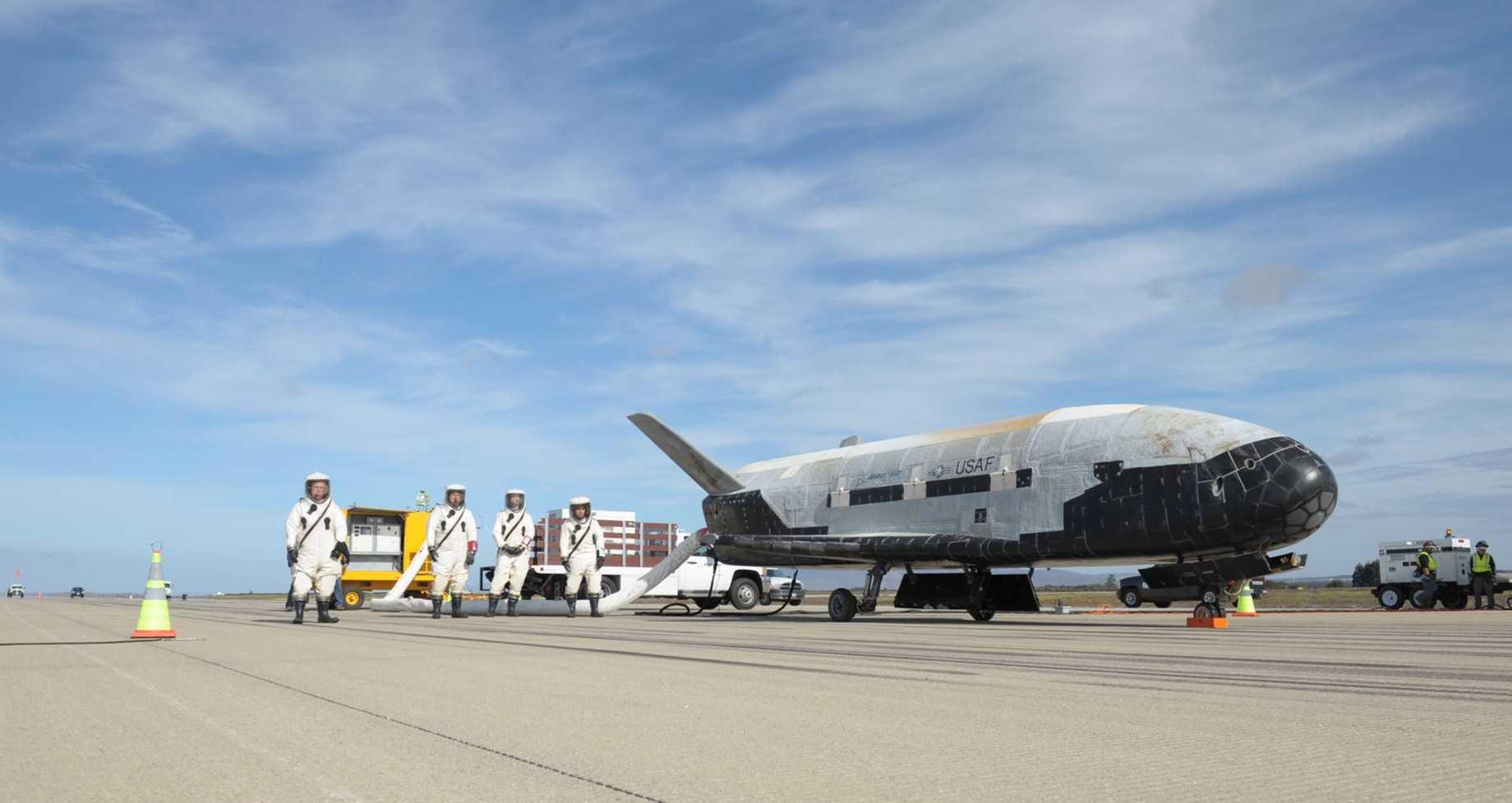 Photo of SpaceX відправить на орбіту секретний безпілотник ВПС США