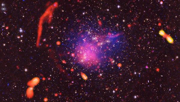 Photo of У NASA оприлюднили унікальний знімок гігантського зіткнення сотень галактик