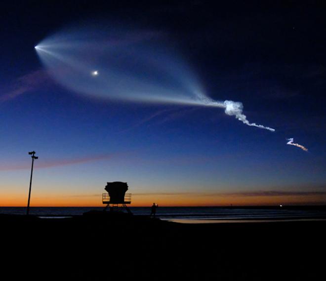 Photo of Жителів Каліфорнії налякала «хмара-слід» від запуску ракети