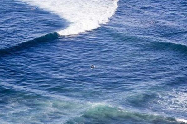 Photo of Біля острова Овк французький фотограф зняв на камеру квадратні хвилі на воді