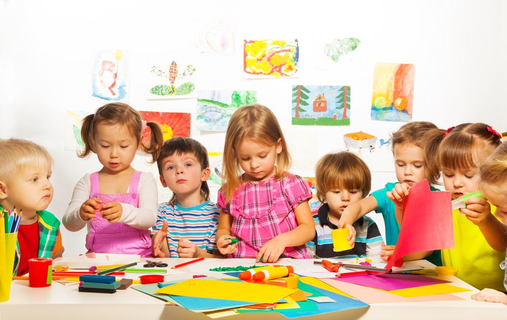 Картинки с детьми в разной деятельности, поздравления юбилеем женщине