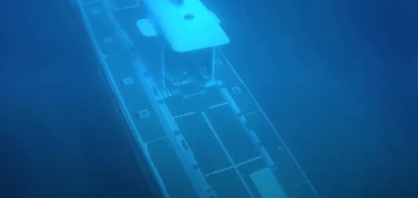 Photo of Таємничий підводний човен налякав дайверів (відео)