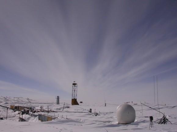 Photo of 90-метрова діра в антарктичному льоду (відео)