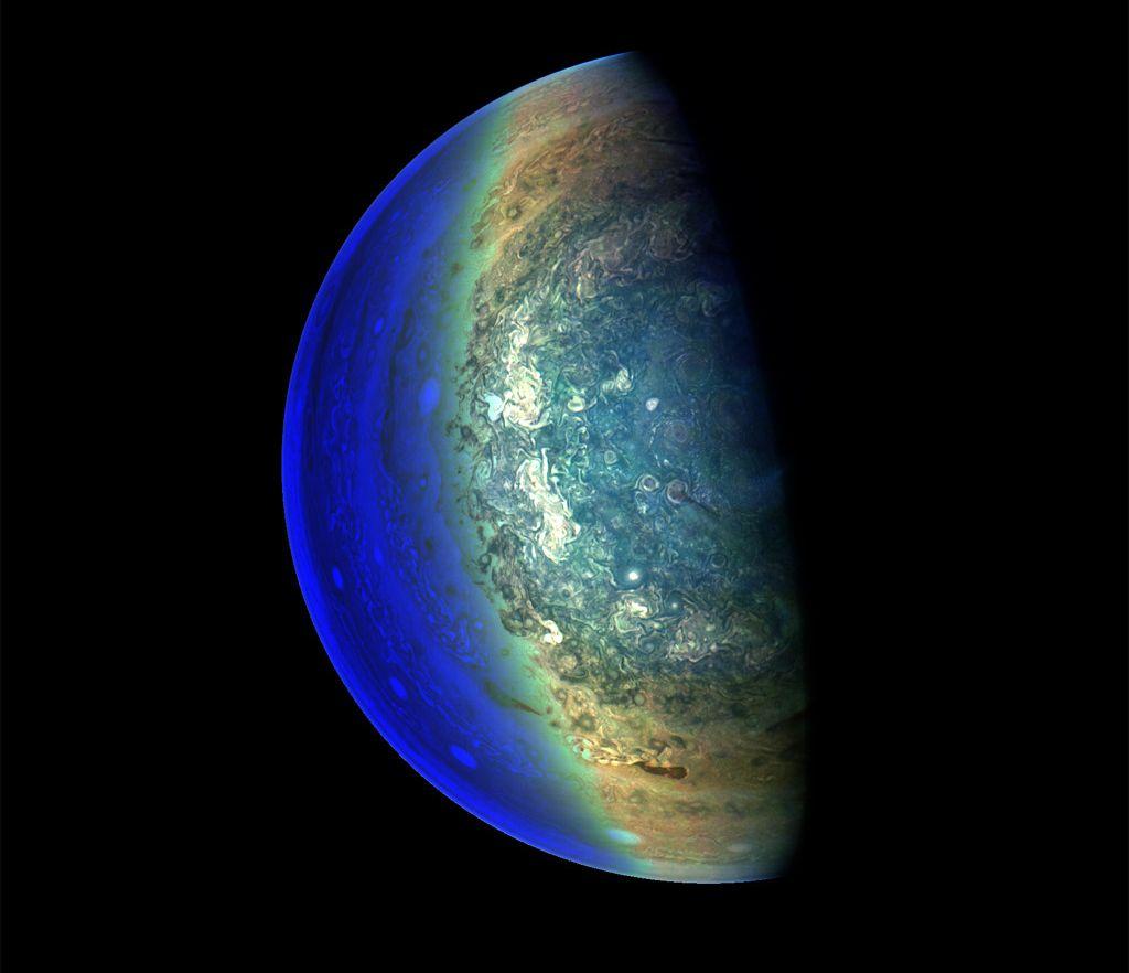 Photo of Доброволець допрацював фото Юпітера від Juno