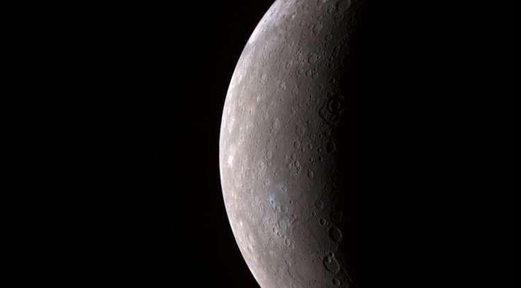 Photo of Згідно з новою оцінкою кора Меркурія тонше і щільніше, ніж вважалося раніше