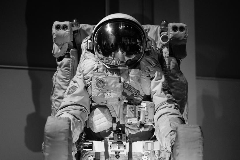 Photo of SpaceX: Першим космічним туристом стане мільярдер з Японії Юсаку Маедзава