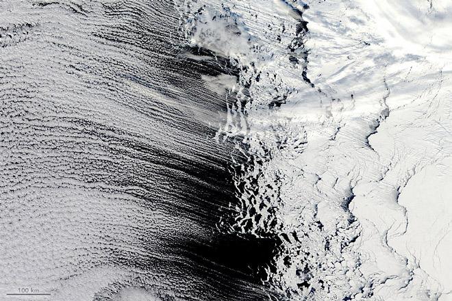 Photo of Хмарні доріжки біля Антарктиди на фото зі супутника