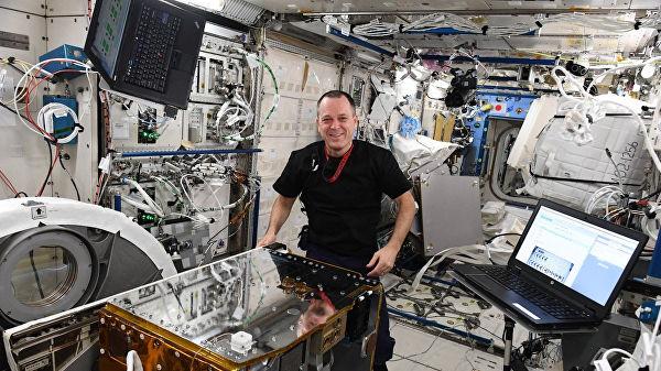 Photo of Британський супутник зловив космічне сміття за допомогою гарпуна (відео)