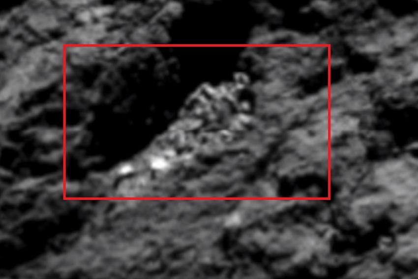Photo of Уфолог виявив на знімках комети Чурюмова-Герасименко 80-метровий скелет інопланетянина