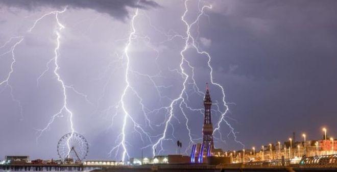 Photo of На Європу обрушаться надпотужні блискавки