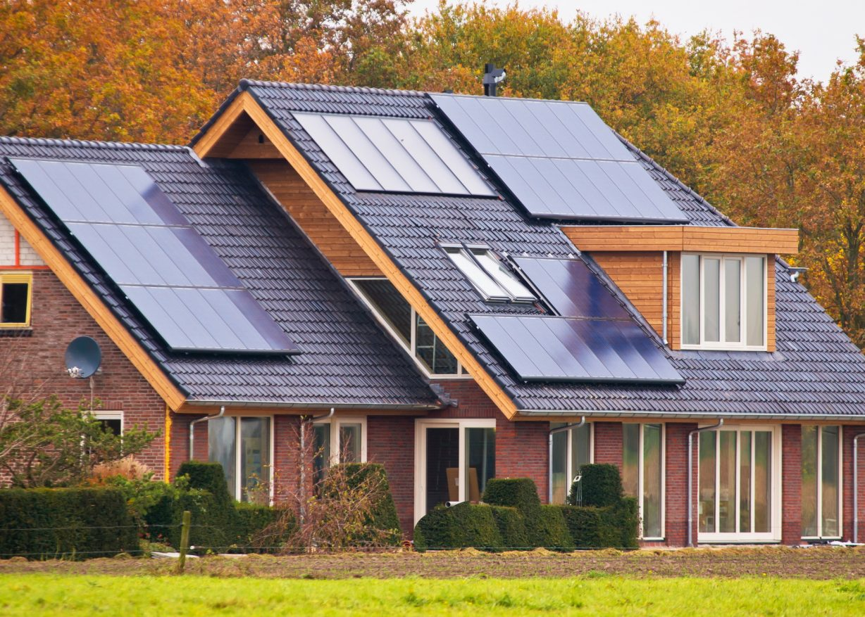 Photo of Сонячні панелі втрачають багато енергії. Вчені придумали, як зберегти її