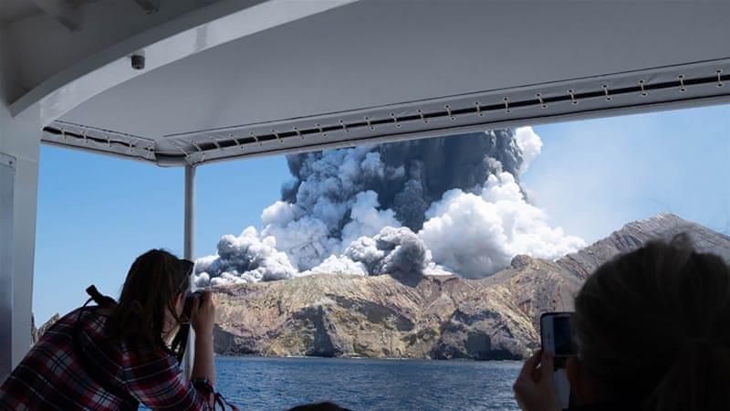 Photo of Відео: виверження вулкана у Новій Зеландії