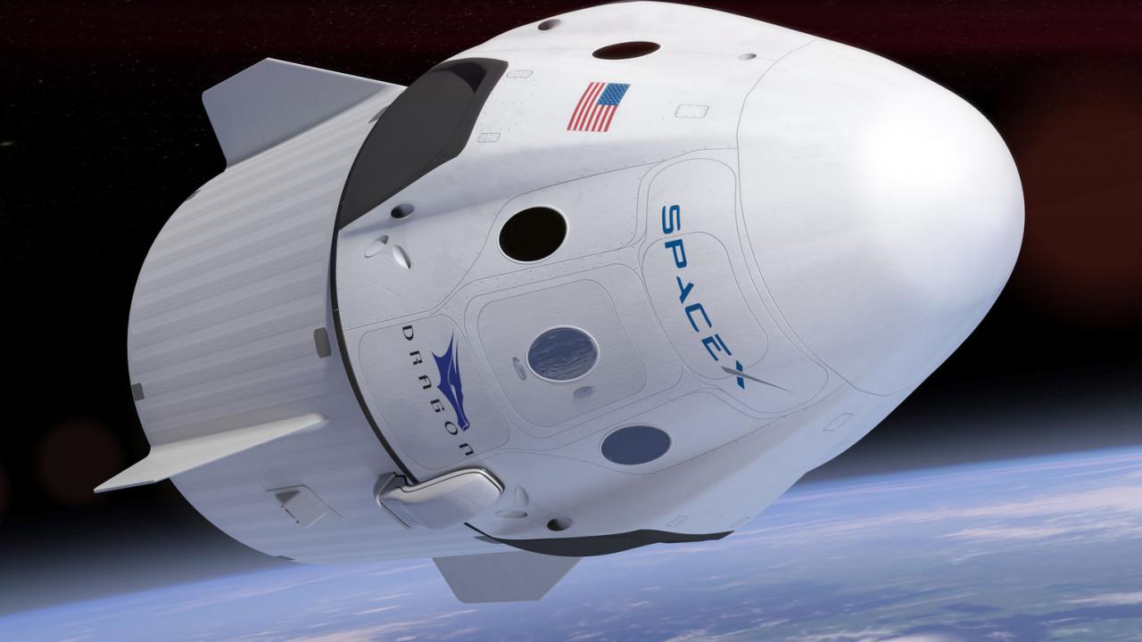 Photo of SpaceX показала, як буде виглядати перша місія Crew Dragon c екіпажем