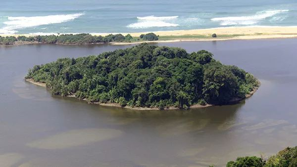 Photo of В Індонезії два острови пішли під воду із-за підвищення рівня моря